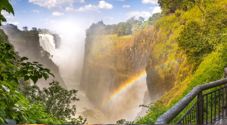 honeymoon destination around victoria falls