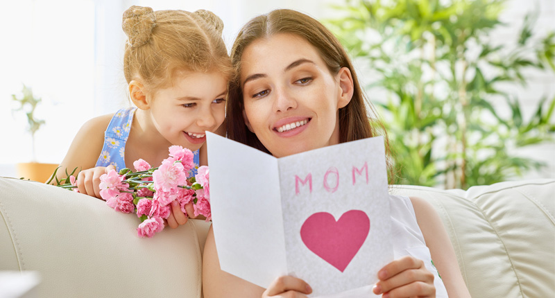 Top 10 Best Mothers Day Gifts From Daughter