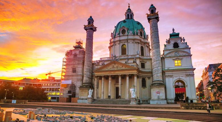 city to visit in austria