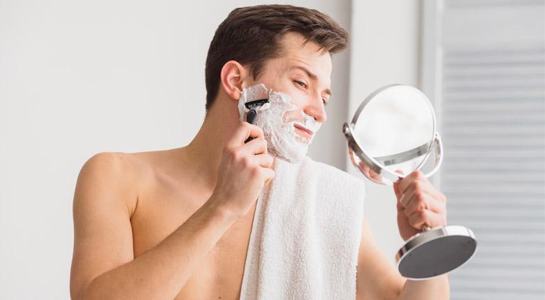 The 10 Best Fogless Shaving Mirrors